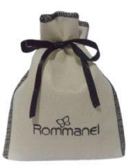 Embalagem de tnt para semi joias - Tamanho 06 x 08 - personalizado em serigrafia - Linha Classic 6323  - Litex Embalagens
