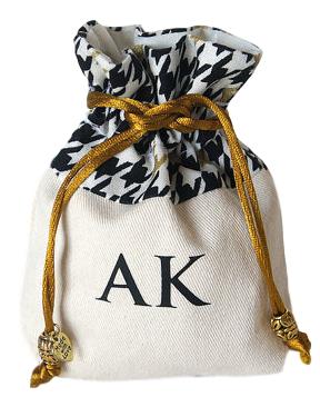 Saquinho de algodão borda personalizada 10 x 15 - ponteira de pedras -impressão em serigrafia 1 cor - Linha Exclusive  7101  - Litex Embalagens