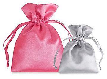 Saquinho de cetim para bijuterias - Sem impressão 20 x 30 - Para outros tamanhos  - Linha Classic 2116  - Litex Embalagens