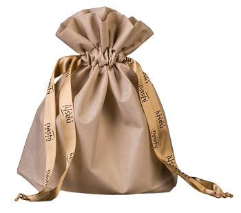 Saquinho de tnt  08 x 12 - Fechamento com fita de cetim personalizada -  Código 1276  - Litex Embalagens