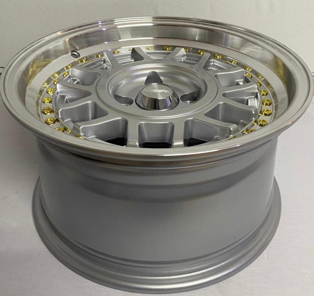 Kit 4 Rodas Aro 15x8 Rodera Vw Snolflacks 4X100 Prata (Arrebite Gold) RDR21