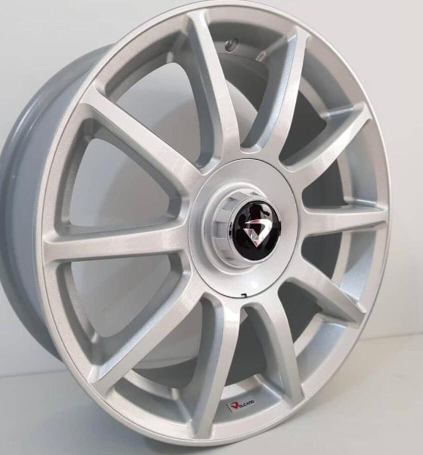 kit 4 Rodas Aro 18x6 Daimler Volcano 4x100/108 Diam.Prata