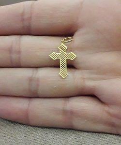 2143cb2d089e5 ... Pingente Crucifixo em Ouro 18k - 1