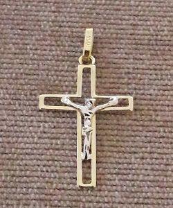1052910ee34b0 Pingente Crucifixo com Cristo em Ouro 18k - 2