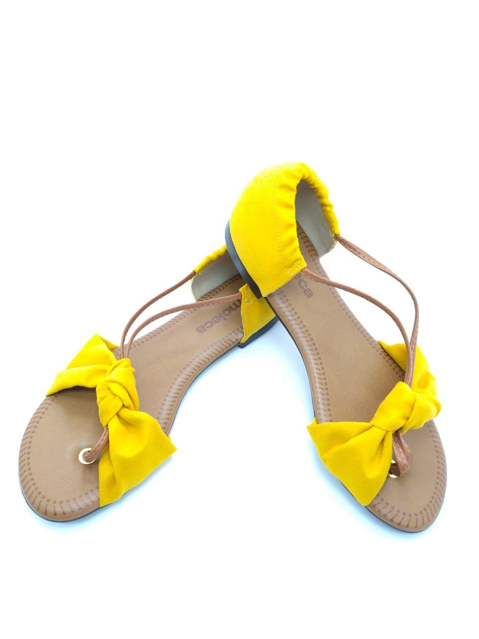 Sandália Moleca Laço Amarela