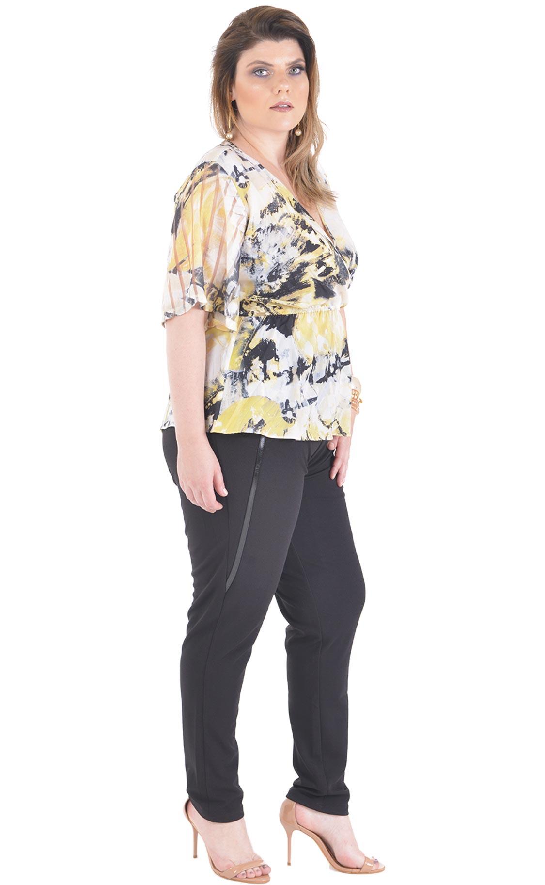 Blusa Plus Size Amarillho