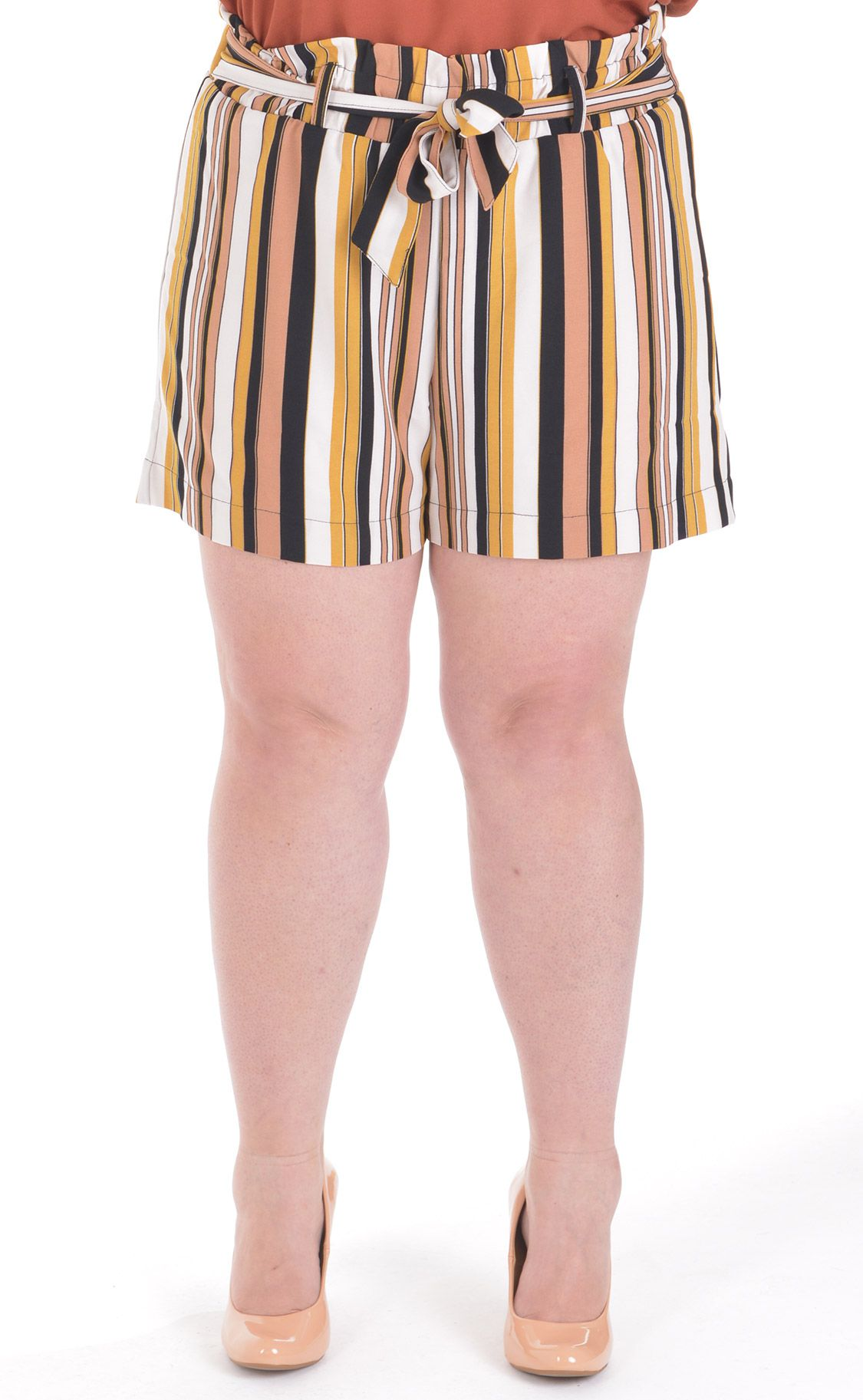 Shorts Plus Size Belt