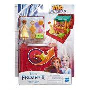 Frozen 2 - Cenario Anna na Aldeia Pop aventuras E7080 - Hasbro E6545