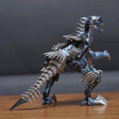 Transformers Premier Edition Dinobot Slash C1321 C0887 2017