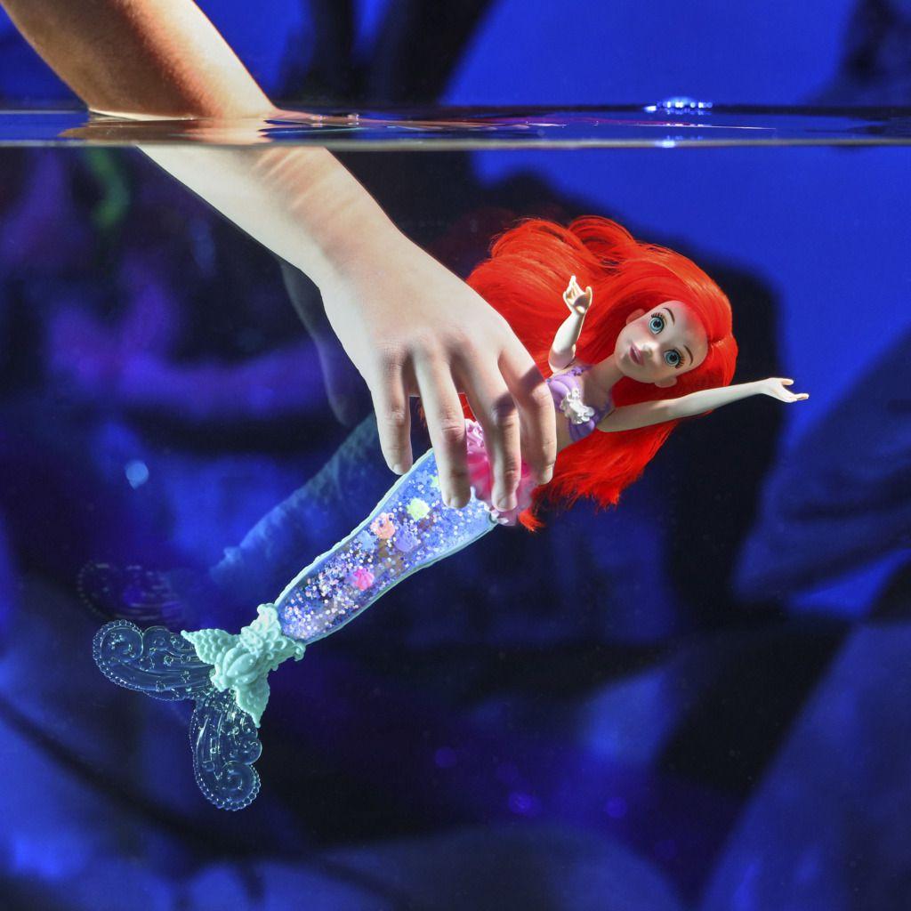 Boneca Ariel Luz e Glitter cauda de sereia E6387 - Hasbro
