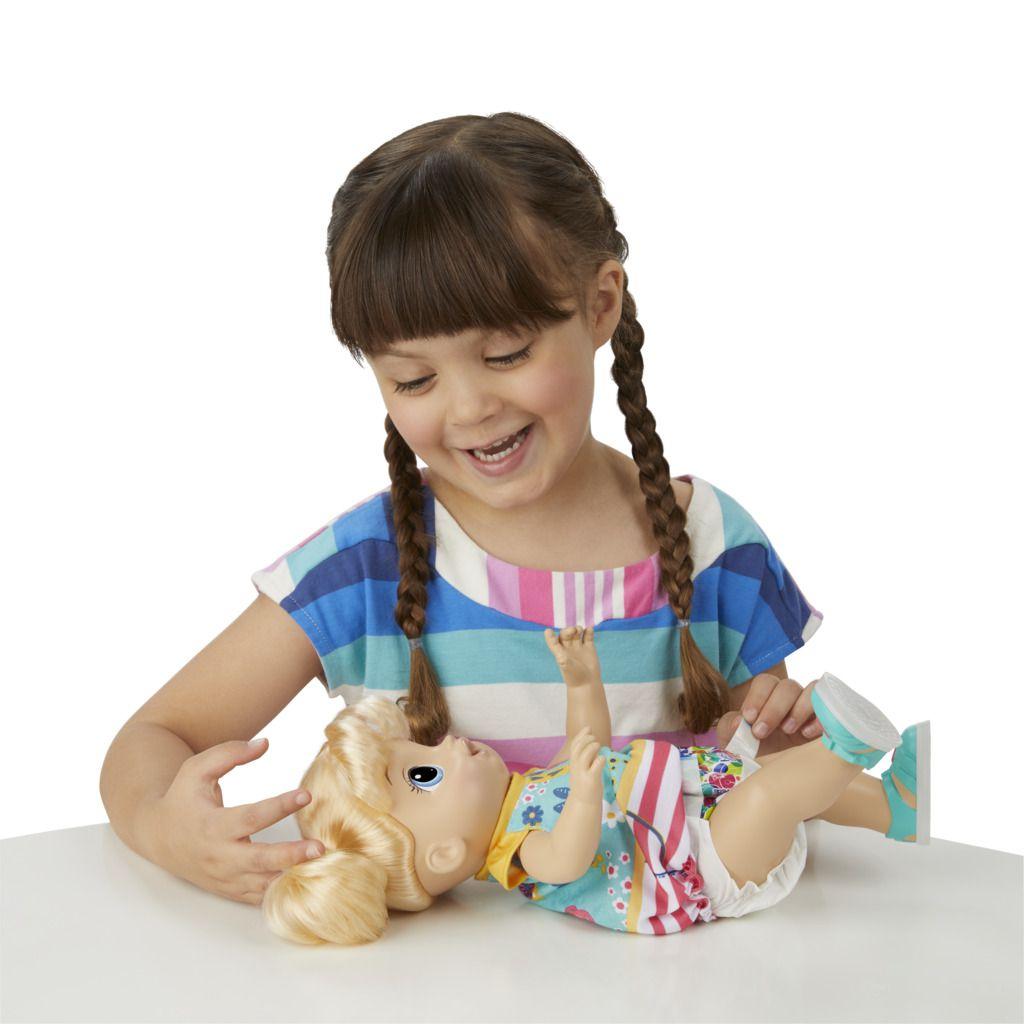 Boneca Baby Alive Passos e Sorrisos Loira E5247 - Hasbro