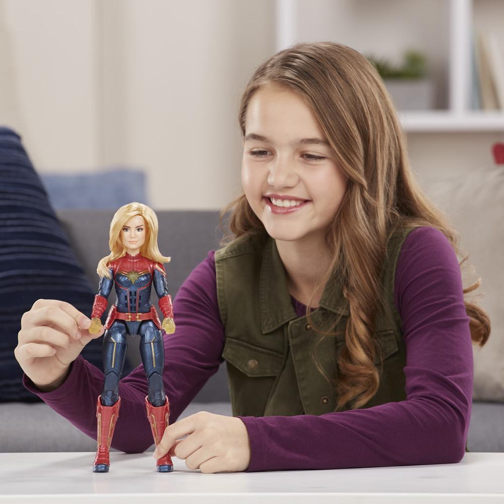 Boneca Eletronica Capita Marvel Com Efeito Fotoeletrico E3610 - Hasbro