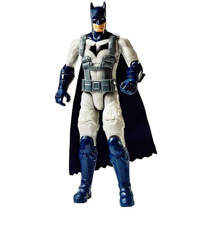 Boneco Batman Missions Truemoves 30cm Batman com Armadura - Mattel ... 799bd3170d9
