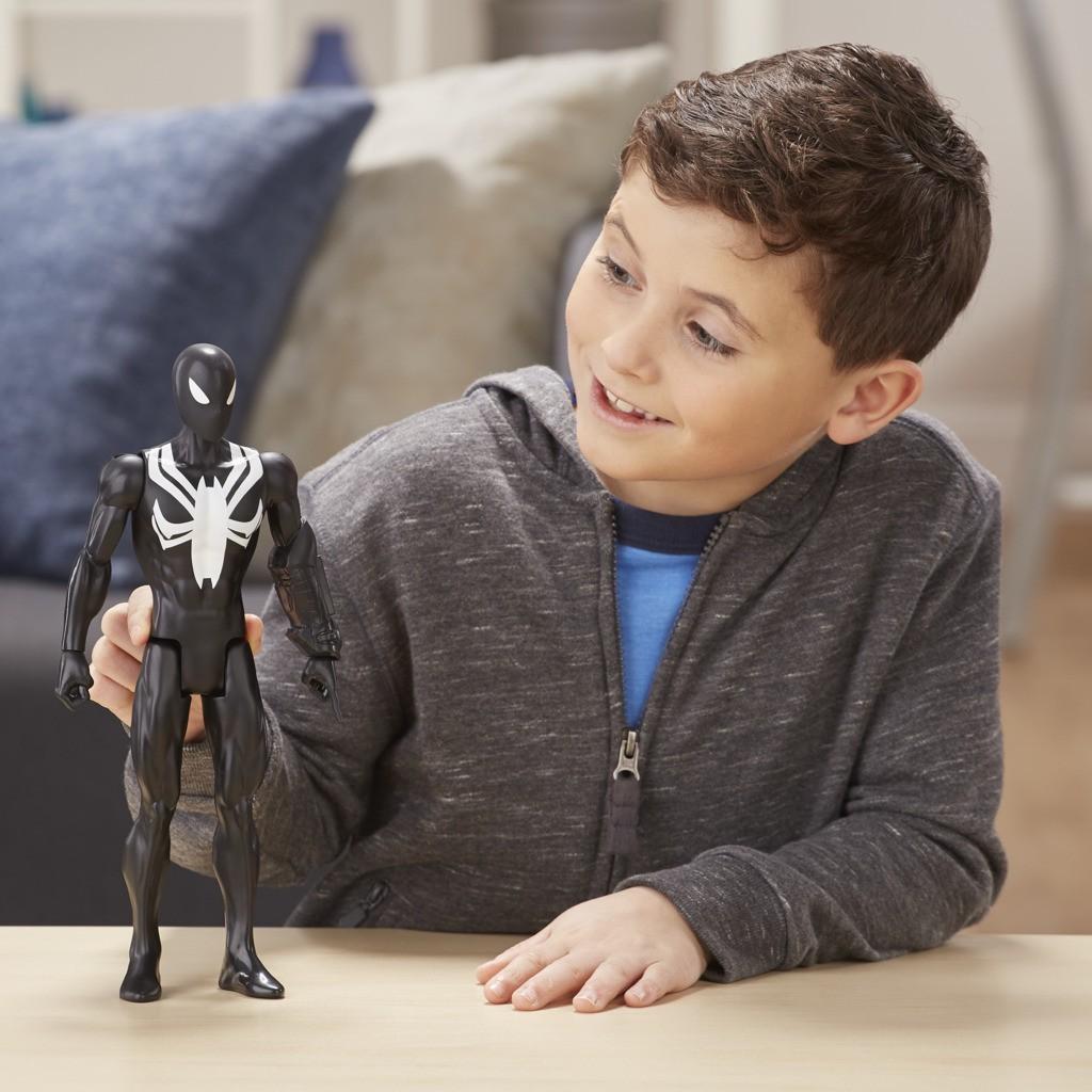 Boneco Homem Aranha Traje Preto Titan Hero E2344 E2324 - Hasbro