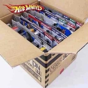 Hot Wheels  caixa lacrada com 72 carrinhos - Mattel C4982