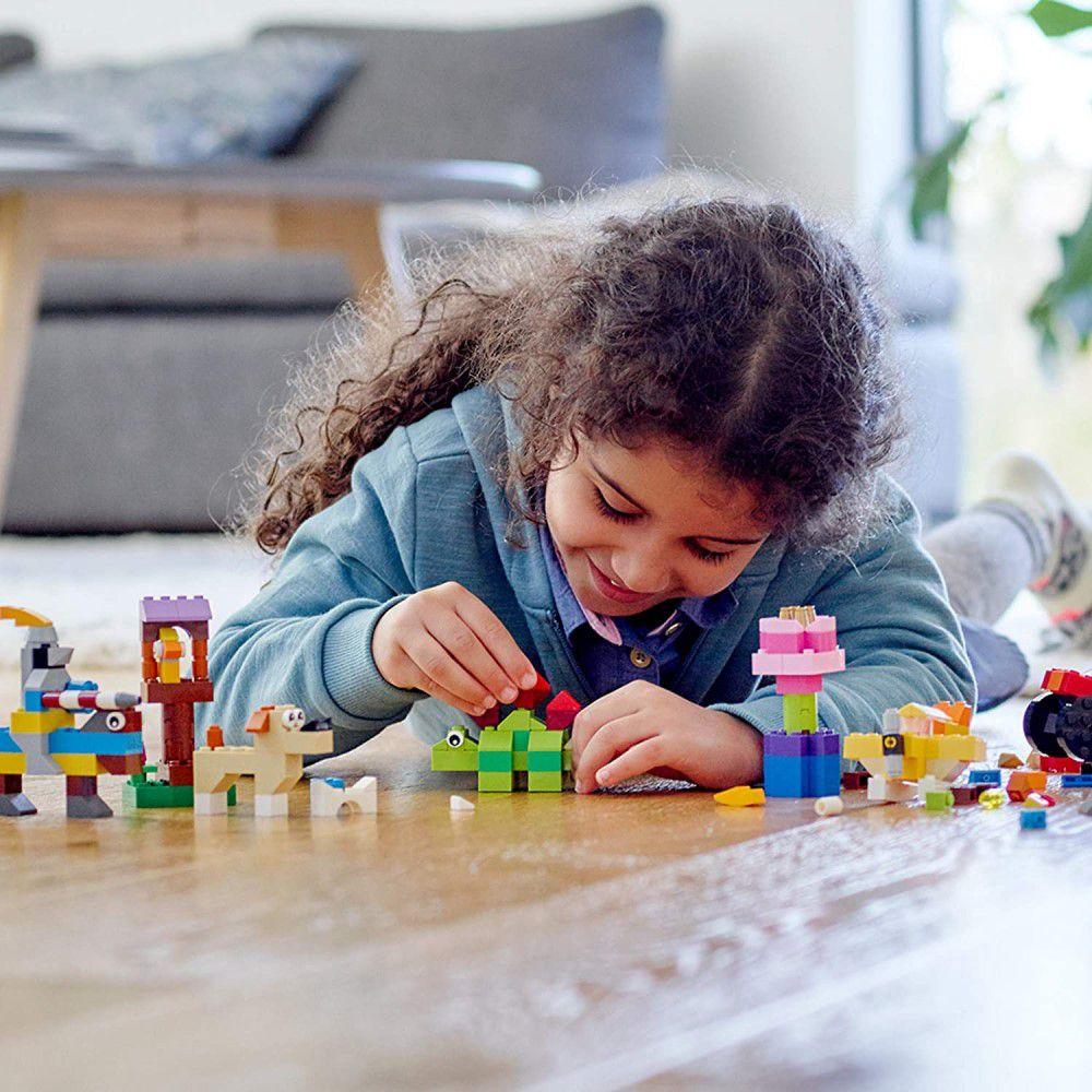 LEGO Classic - Conjunto Basico com 300 Peças Criativas - Lego 11002