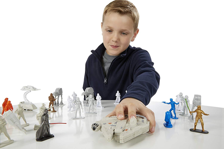 Pack Star Wars Rebels Command Millennium Falcon com Movimento e Exclusivo Boneco Luke Skywalker A8949 - Hasbro
