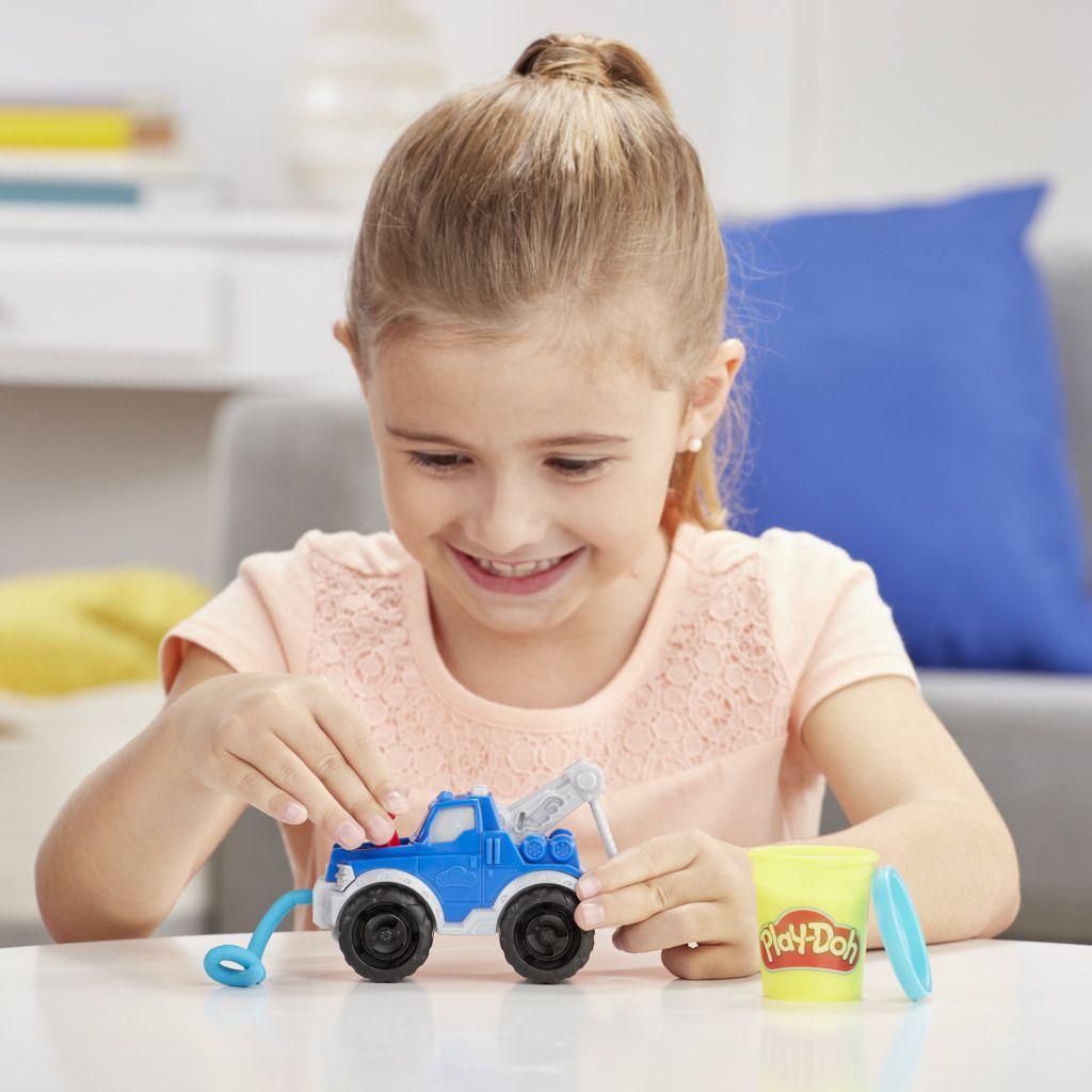 Play Doh Wheels Caminhao de Reboque Guincho E6690 - Hasbro