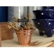 Miniatura de balde em cobre