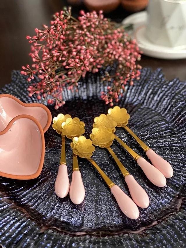 Colher de Chá cabo de Cerâmica - Flor