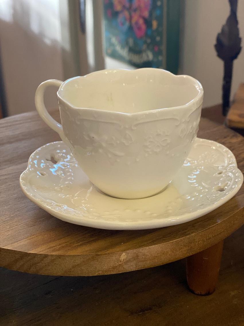 Conjunto Xícara e pires para Café em porcelana