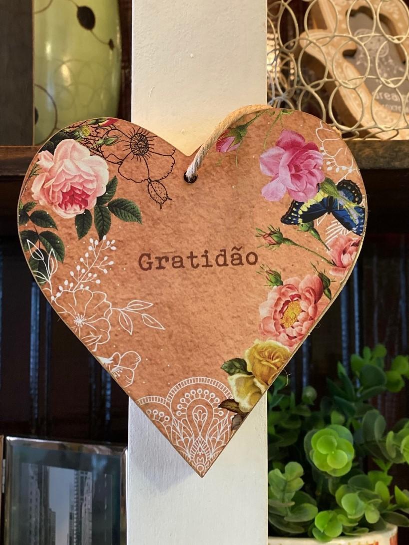 """Enfeite Coração para pendurar""""Gratidão"""""""