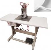 Máquina de solda ultrassônica Para aplicação de elásticos em máscaras.