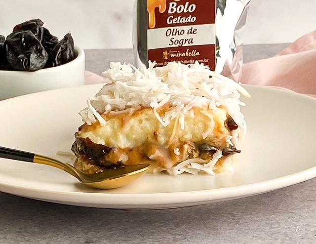 Bolo gelado - Olho de Sogra  - www.doceriamirabella.com.br