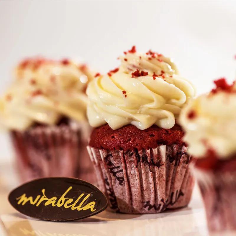Mini Cup Cake Red Velvet - Kit com 15 unidades  - www.doceriamirabella.com.br