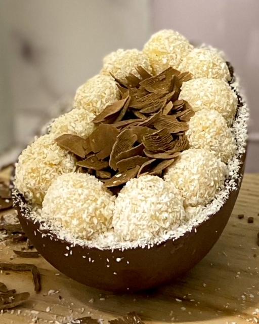 Ovo Zero Açúcar de Prestígio  - www.doceriamirabella.com.br