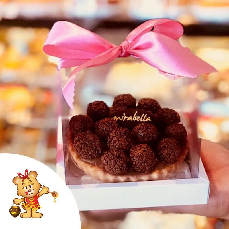 Torta de Brigadeiros  - www.doceriamirabella.com.br