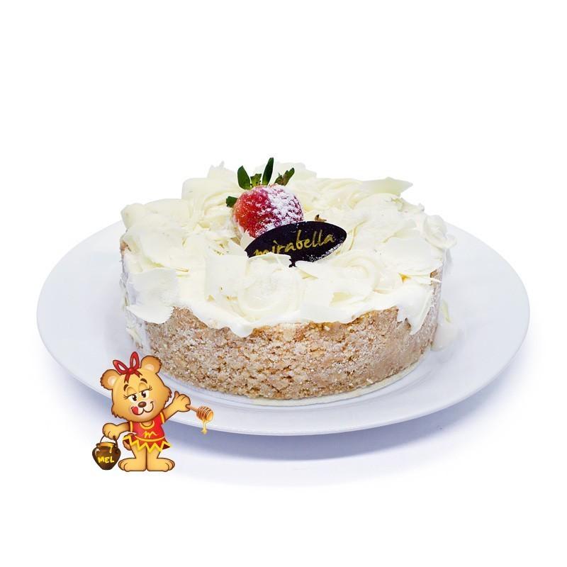 Torta de Leite em Pó com Morango  - www.doceriamirabella.com.br