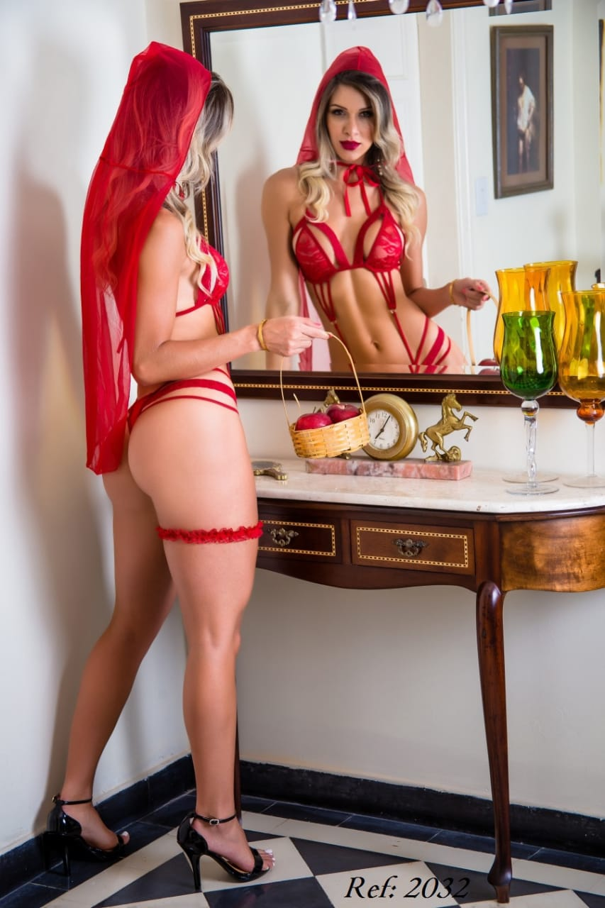 Fantasia Chapeuzinho Vermelho - Garota Veneno