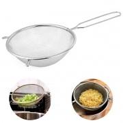 Peneira e coador grande de Inox 24cm para escorrer massas e legumes