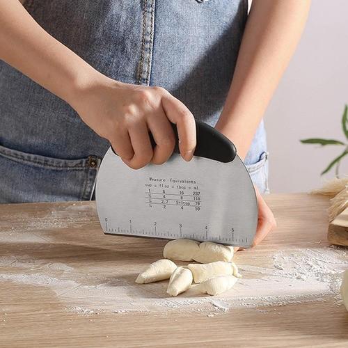 Espátula, raspador e cortador de inox para massas e recortador ravioli redondo 6cm
