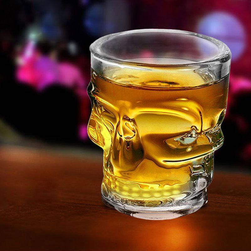 Jogo com 4 copos de shot de vidro caveira  42ml Transparente