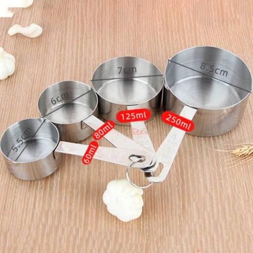 Rolo de Inox antiaderente para massas e Kit com 4 copos medidores Inox