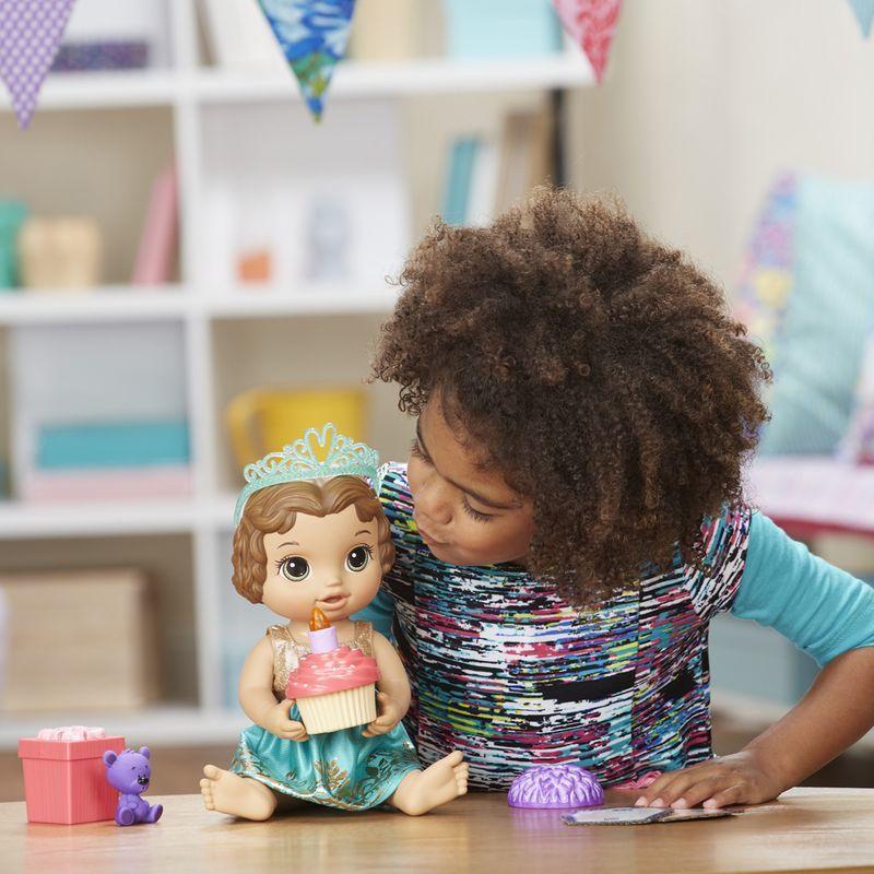 Boneca Baby Alive Festa Surpresa Morena - Hasbro