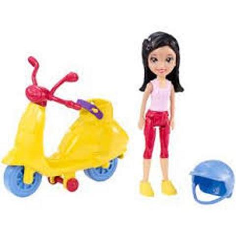 Boneca Polly Pocket com Scooter - Mattel