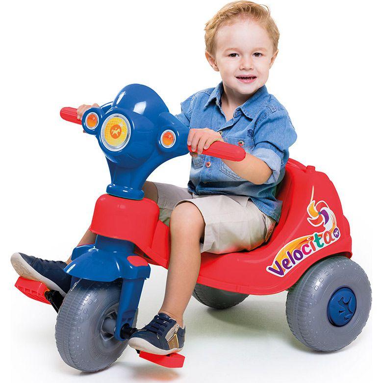Triciclo Velocita 2 em 1 Pedal e Passeio com Aro Vermelho/Azul - Calesita