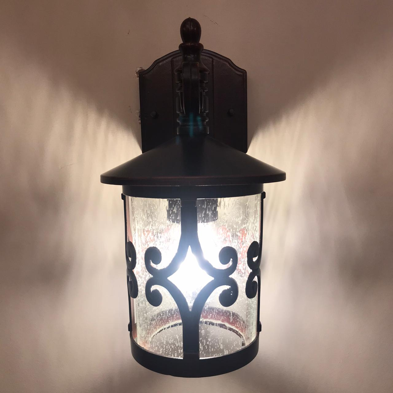 Arandela Colonial Lanterna Metal E Vidro Externa E Interna LO-1404