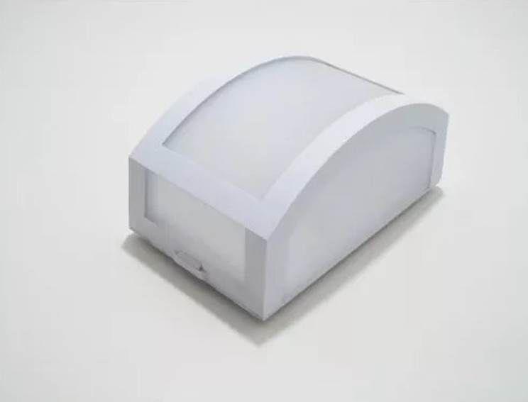 Arandela Mini Finestra de Policarbonato Uso Interno e Externo Branca