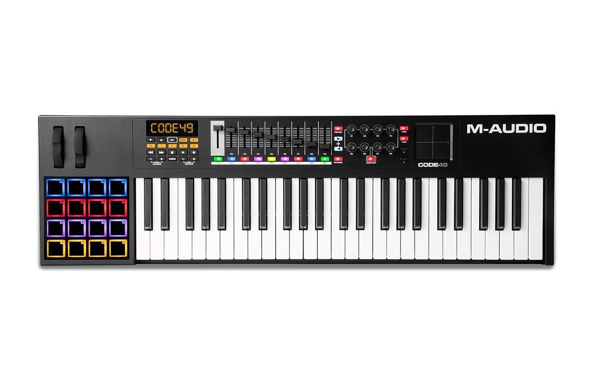 Teclado Controlador M-Audio Code 49 USB Midi 49 Teclas Black