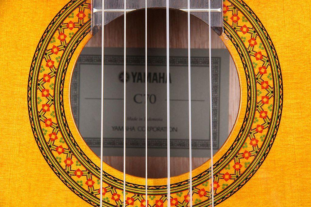 Violão Acústico Yamaha C70 II Clássico Nylon Natural