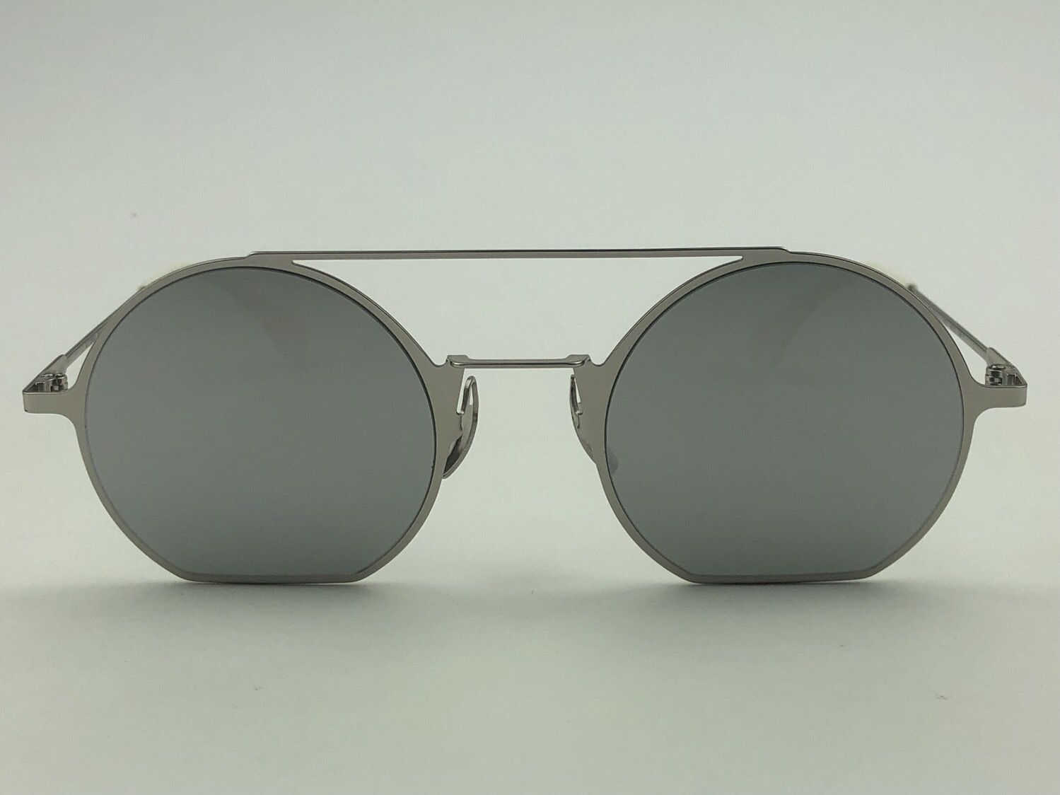 f44dd3716 Óculos de sol Fendi FD0291 010 48 - Otica La Croisette