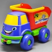 Caminhão Caçamba De Praia Brincando Na Areia