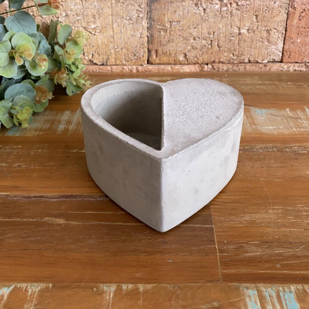 Cachepot Decorativo Vasinho De Cimento Em Forma De Coração