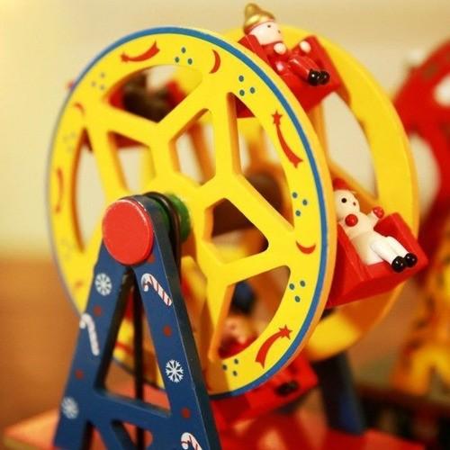Enfeite Decorativo De Natal A Corda Caixa Música Madeira