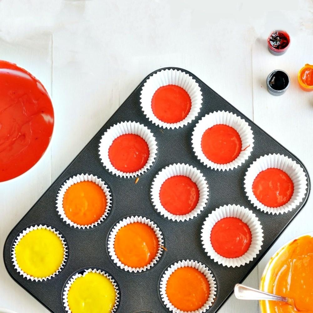 Forma De Metal Assadeira E 12 Forminhas Silicone Cupcake