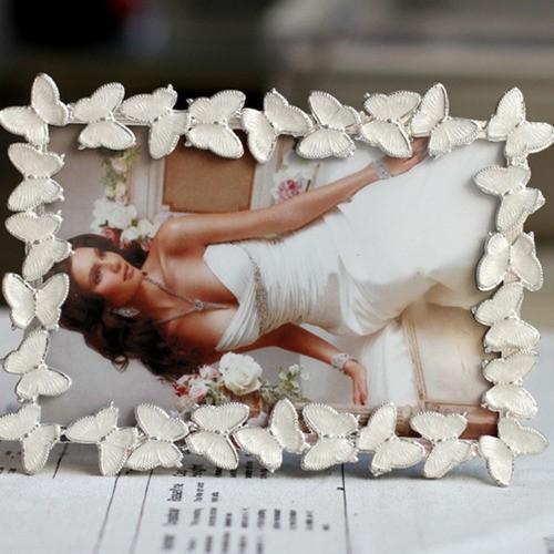 Porta Retratos Para Fotos 15X20cm De Borboletas Cor Prata